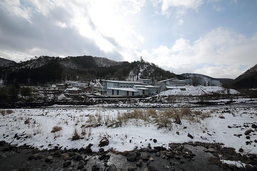 近畿地方最大の金山は今も製錬を行う鉱山町